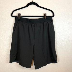 Mens Basketball Shorts NWT Size Medium 32-34